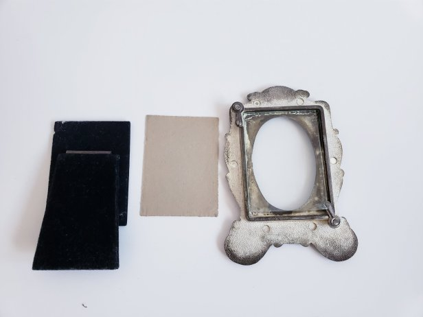 Silver Plated Vintage Metal Picture Frame